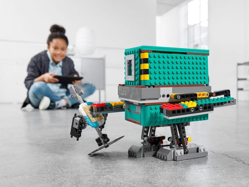Imagen del Droide Gonk del LEGO R2-D2 Star Wars Boots: Comandante Droide (75253)