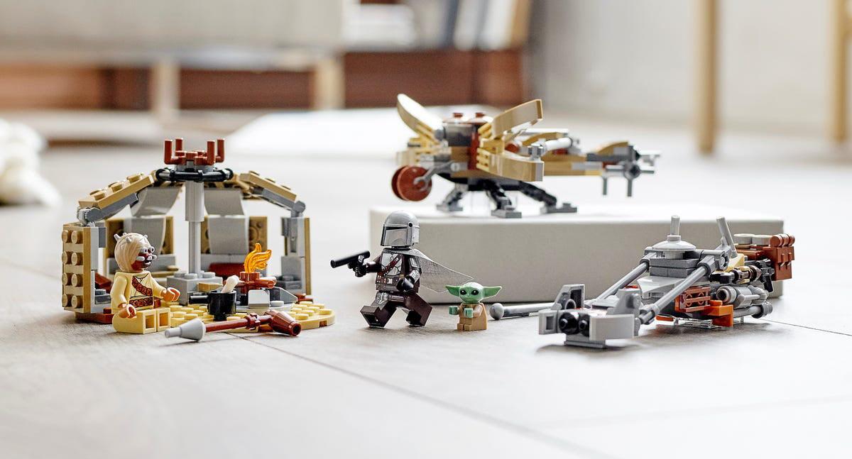Imagen representativa del LEGO The Mandalorian & Baby Yoda: Trouble on Tatooine (75299)